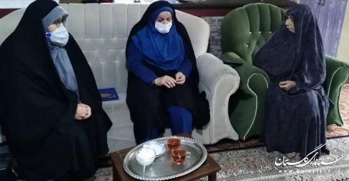 دیدار مدیر کل امور اجتماعی و فرهنگی استانداری از خانواده شهیده گرانقدر شهربانو قصابان